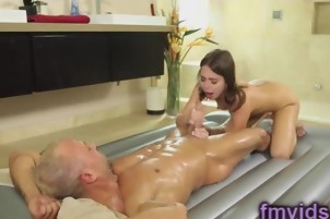 Sweet babe Riley Reid fucked after nuru massage