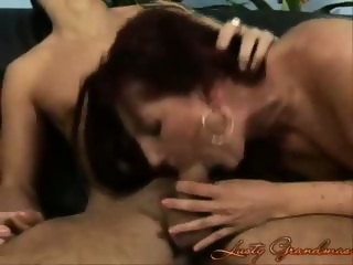 Granny lady sucking and fucking