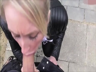 Horny Woman Gets Fucked At Carwash GERMAN
