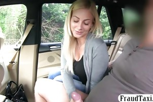 Big boobs babe screwed by nasty driver to off her fare