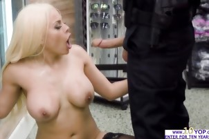 Cock hungry slut Luna Star tries a huge cock in her ass