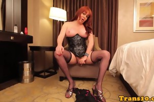 Redhead tranny fucked after using dildo and jerking