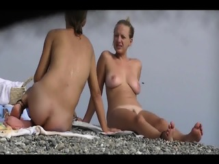 Nudist Amateur Babes Beach Voyeur HD Video