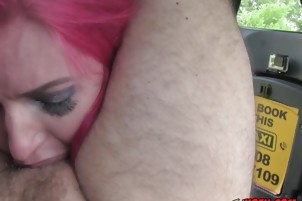 Curvy Hoe Alexxa Vice Blows And Straddles Hung Driver