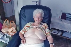 OmaGeiL Great Granny Picture Showoff Compilation