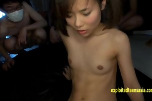 Petite Shuna Kagami Bukakke Gangbang Every Guy Gets Turn