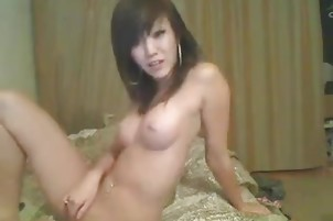 Hot asian webcam seductress
