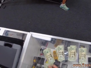 Muscular Chick Spreads Eagle For Cash!