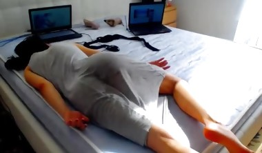 cam whore passed out from squirting orgasms