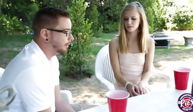 Horny teen Rachel James wrapped her legs around her bf for cr