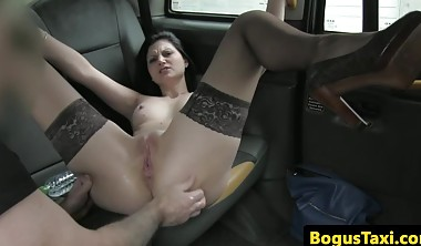 Assfucked stockinged babe squirts in cabbie backseat