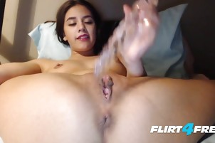 Amateur Squeaky Voiced Babe Pleasures Her Pussy