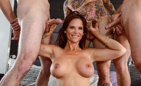 [Brazzers] Syren De Mer - My Three Stepsons, Brad Knight, Lucas Frost, Small Hands